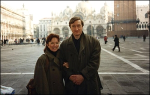 Pat Kavanagh & Julian Barnes in Venice - photo via the Daily Telegraph